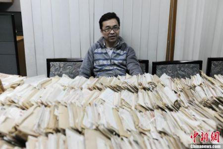 """被称为""""中国民间对日索赔第一人""""的童增。中新网记者 张龙云 摄"""